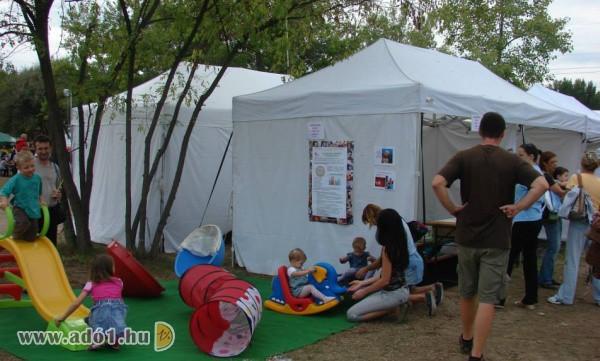 Első Lépések Kora Gyermekkori Intervenciós Alapítvány - Terápia, fejlesztés