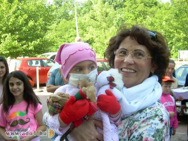 Szeretet hatalma Alapítvány - Gyermekmentés, daganatos gyermekek támogatása
