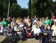 Mozgássérült Fiatalokért Alapítvány - Mozgássérültet segítése, támogatása